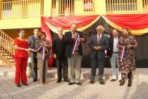 A un año de su funcionamiento inauguran de forma oficial colegio Domingo Santa María