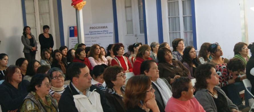 Mujeres podrán proyectar sus emprendimientos a través de capacitaciones de Minera Linderos