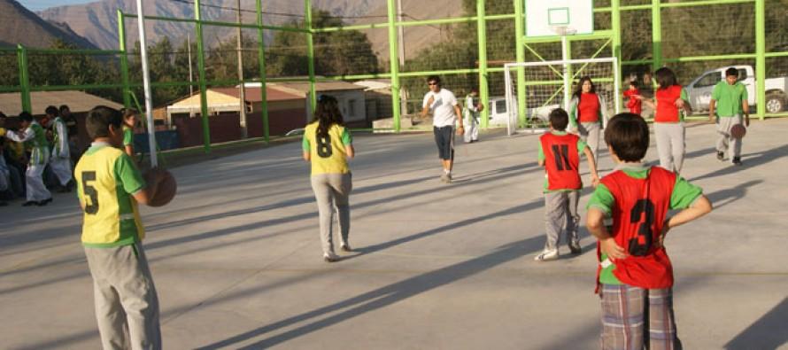 Localidad de El Durazno cuenta con multicancha para el desarrollo del deporte del sector