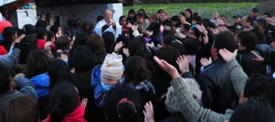 Bendicen ermita en recuerdo de las cuatro víctimas del accidente de La Calera