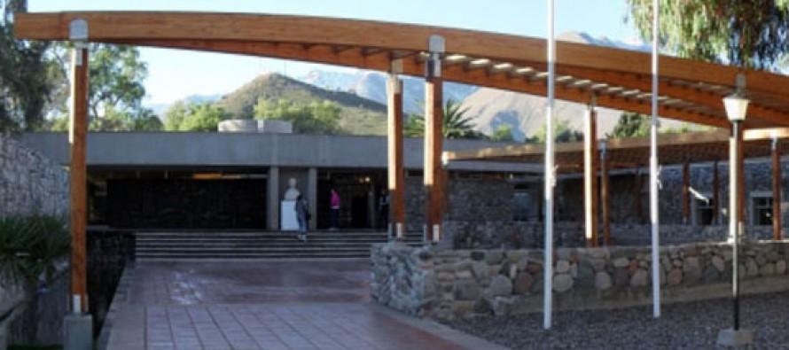 """Historias locales contadas oralmente quedarán plasmadas en el libro """"Leyendas del Valle de Elqui"""""""