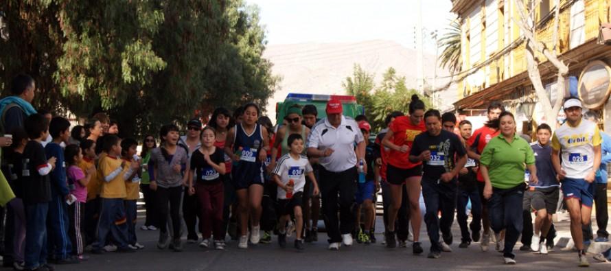 Con entusiasta participación de familias vicuñenes se realizó Corrida Deportiva de Salud