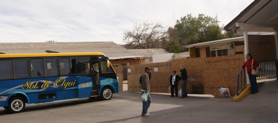 Invierten 47 millones de pesos en remodelación del terminal de buses de Vicuña