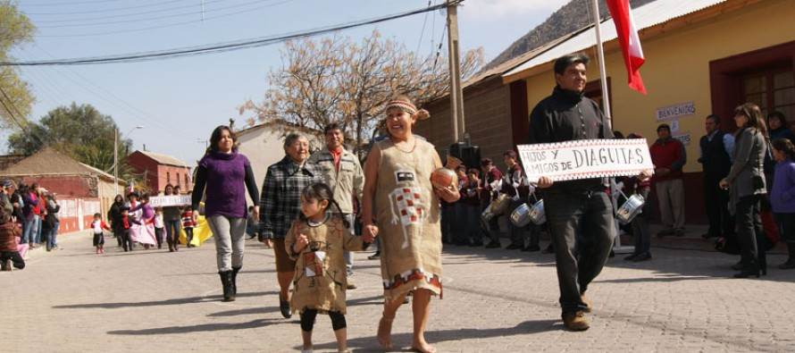 Con reconocimiento a vecinos, pueblo originario, acto y desfile, Diaguitas celebró 140 años de vida
