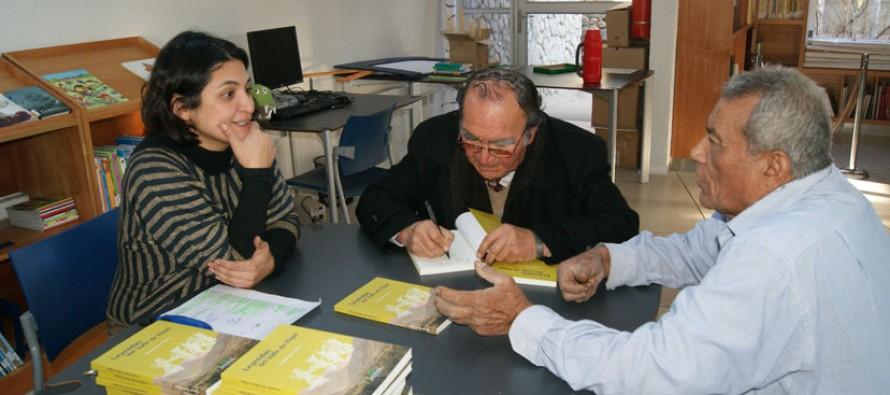 """Escritor Daniel Toro hace entrega gratuita de 40 copias de su libro """"Leyendas del Valle de Elqui"""""""