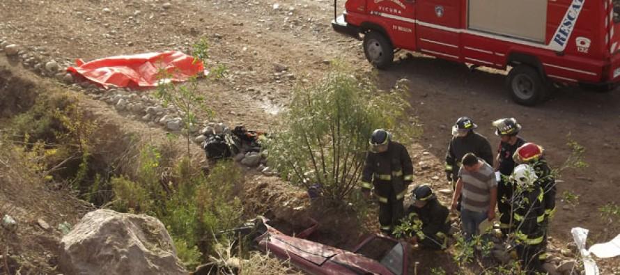 Un muerto y dos heridos fue el saldo de un trágico accidente en sector de El Molle