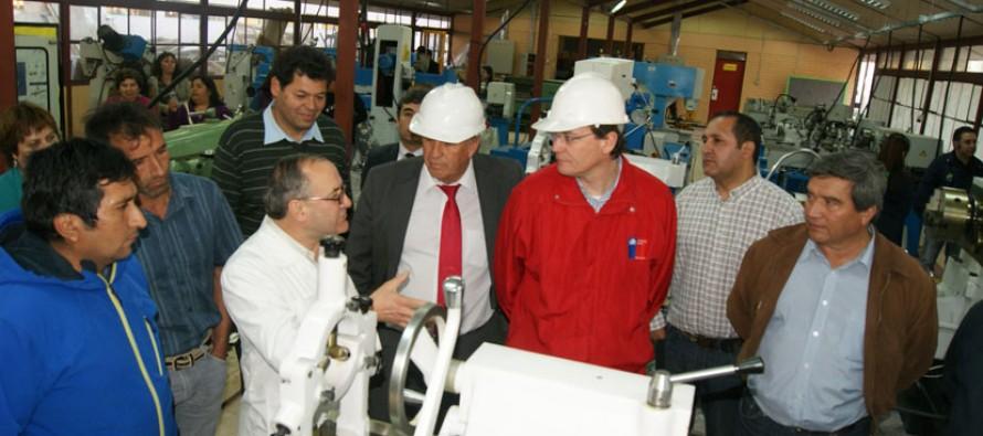 Proyectan a Liceo de Vicuña como el mejor establecimiento técnico de la zona norte