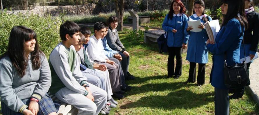 A través de Encuentros Escolares difunden vida y obra de Gabriela Mistral entre estudiantes de la zona