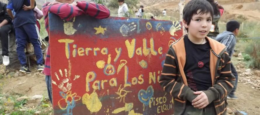 «Tierra y Valle»: Incentivan los valores de la responsabilidad ambiental en menores de Pisco Elqui
