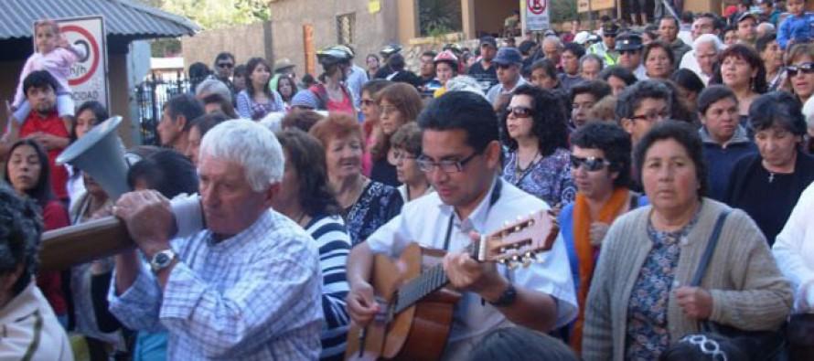 Con masiva concurrencia de peregrinos Pisco Elqui celebró su tradicional fiesta patronal