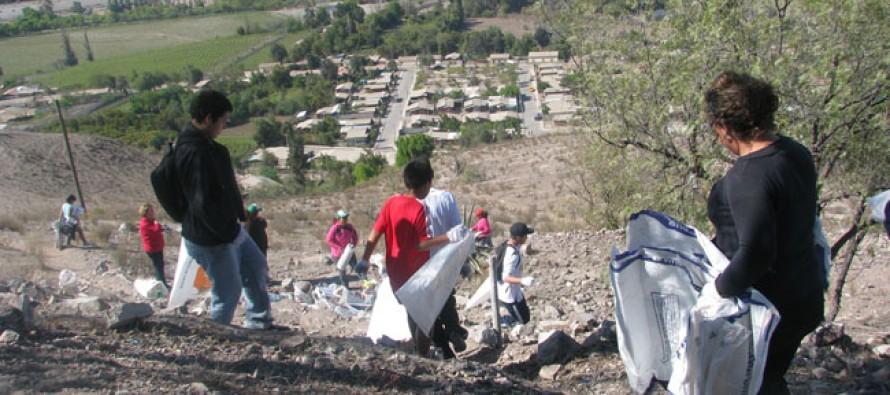 Llaman a cuidar y mantener el  Cerro de la Virgen de Vicuña luego de la limpieza del lugar