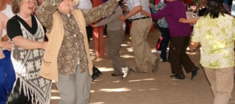 """Adultos Mayores vicuñenses inician actividades celebración de """"El mes de los Grandes"""""""