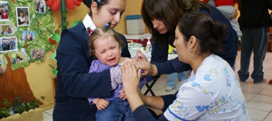 Llegan a la región las vacunas para inmunizar a más de 46 mil niños