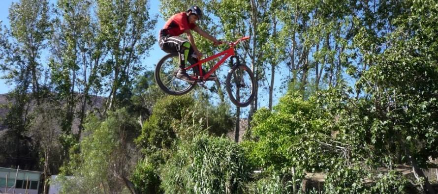 Jóvenes ciclistas elquinos obtienen personería jurídica para desarrollar sus proyectos deportivos