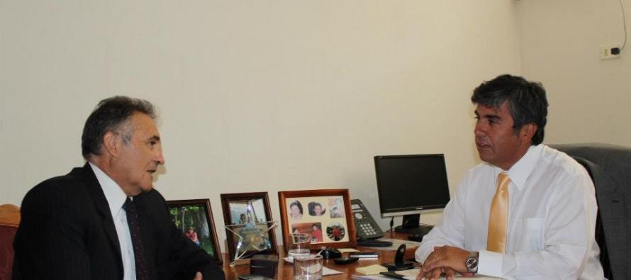 Municipios de Vicuña y Paihuano trabajarán en conjunto para el desarrollo del valle de Elqui