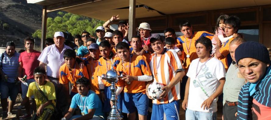 Robert Kennedy de Villa Puclaro fue el  triunfador en el torneo de fútbol rural