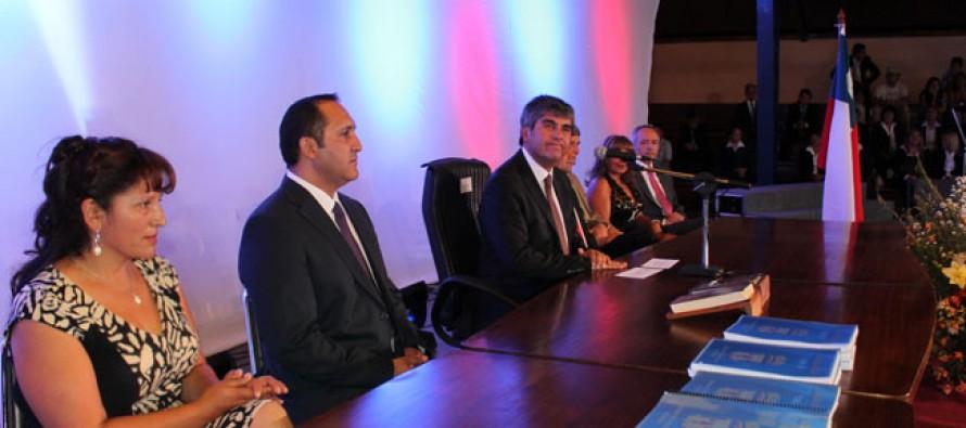 Asume nuevo alcalde y concejo municipal de Vicuña con importantes desafíos de gestión