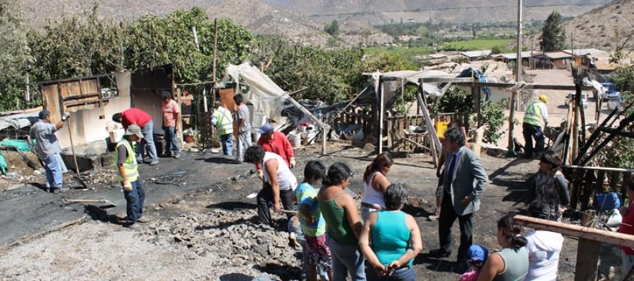 Trágico incendio deja sin hogar a familia de Villa Marquesa