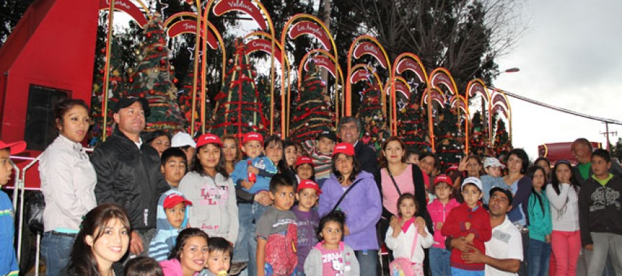 50 niños y niñas vicuñenses disfrutaron de la Caravana de Navidad de Coca Cola