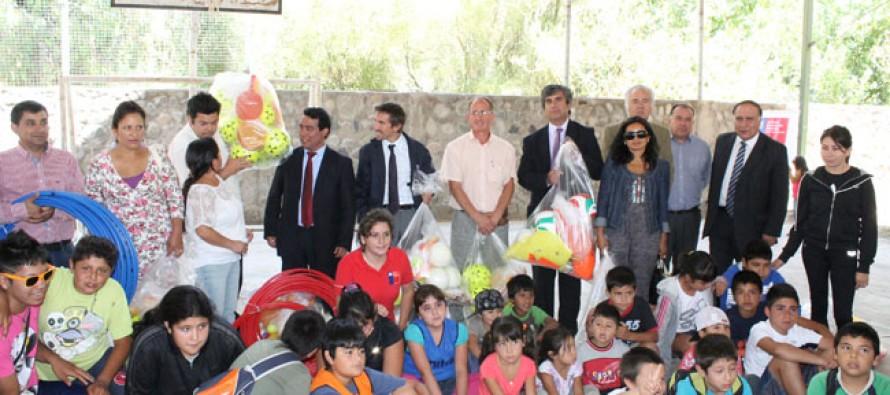 Más de 250 niños y niñas de la comuna beneficiados con los CAHMT 2013