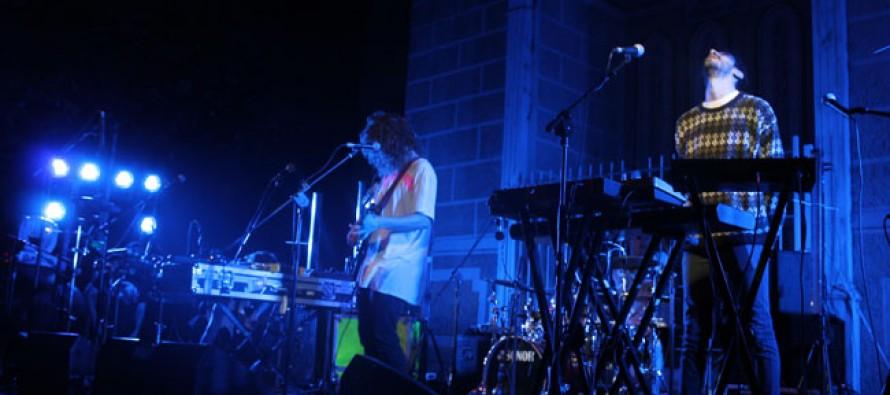 """""""Astro"""" deleitó al público elquino con recital en la plaza de Pisco Elqui"""