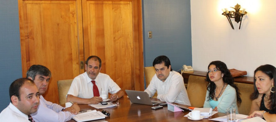 Analizan cartera de proyectos y prioridades para la comuna de Vicuña