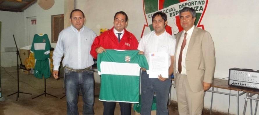 Club deportivo Unión Esperanza de El Tambo recibe implementación por $1.600.000