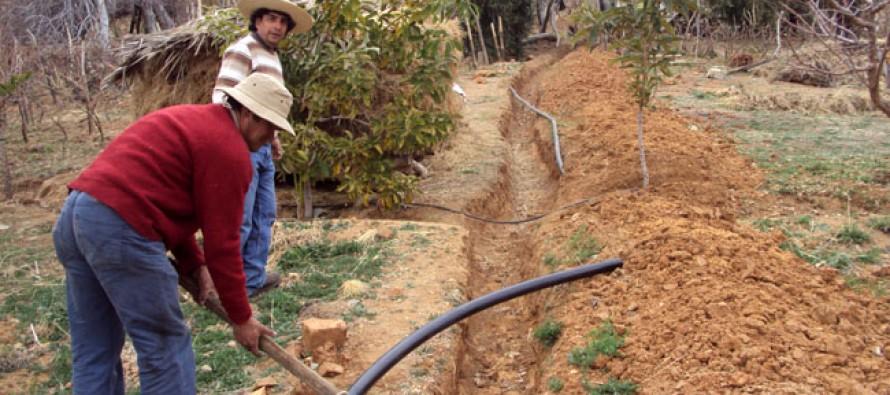 Buscan resolver problemática entre INDAP y campesinos con apoyo de Cores y alcaldes