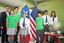 Profesor de escuela municipal de Vicuña postula para ser elegido el mejor docente del país