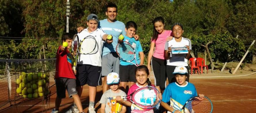 Academia de Tenis Canihuante celebra su sexto aniversario con imagen para Australian Open