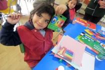 Niños de Montegrande recibieron útiles escolares en aniversario del natalicio de Gabriela Mistral