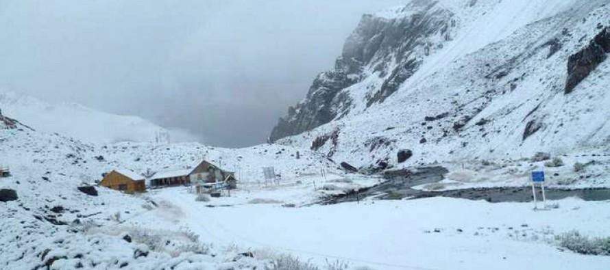 Junta de Vigilancia del Río Elqui destaca importancia de nieve caída en la cordillera