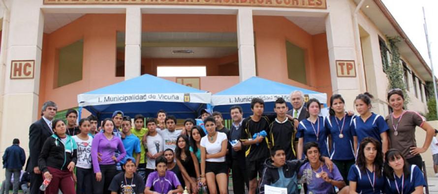 Andacollo se llevó el primer lugar de la Maratón de aniversario del Liceo Carlos Mondaca Cortés