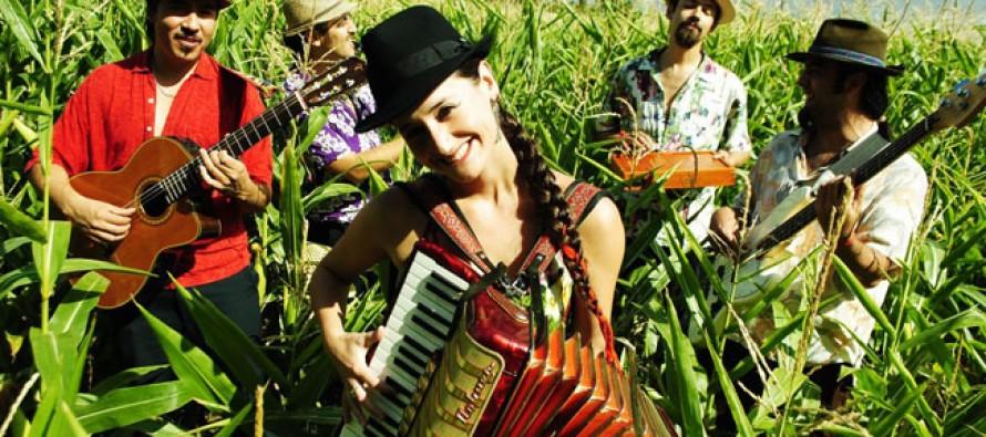 Pascuala Ilabaca trae toda su música este miércoles al Teatro Municipal de Vicuña