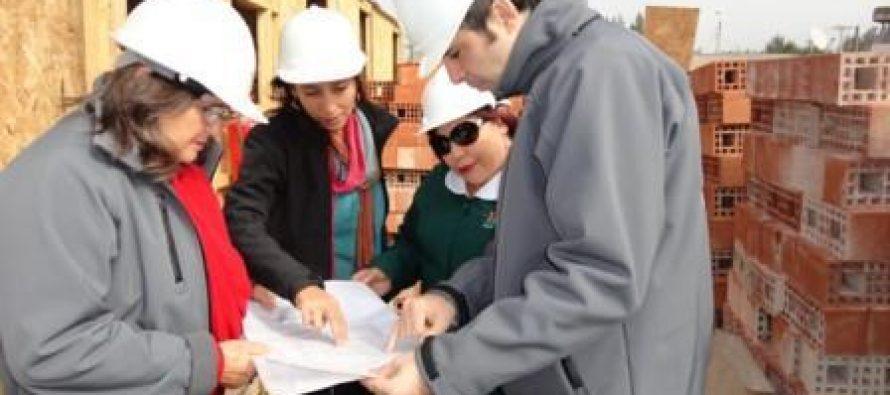 Visitan obras de la reposición del Jardín Infantil de Marquesa