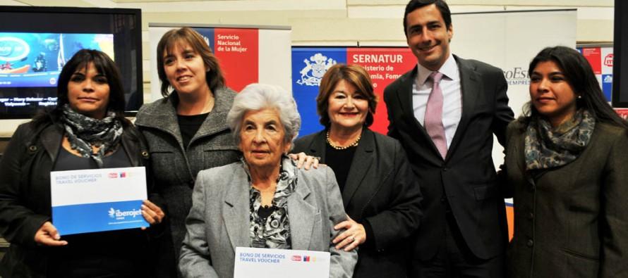 Microempresaria de Paihuano recibe premio nacional  por su emprendimiento en turismo