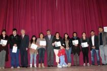 Un total de 121 jóvenes accedieron a becas municipales para la educación superior