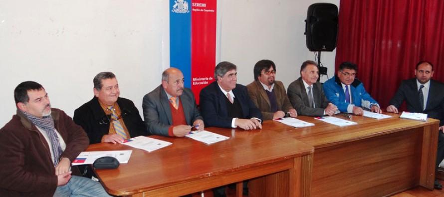 Vicuña y Paihuano reciben recursos especiales para transporte escolar rural