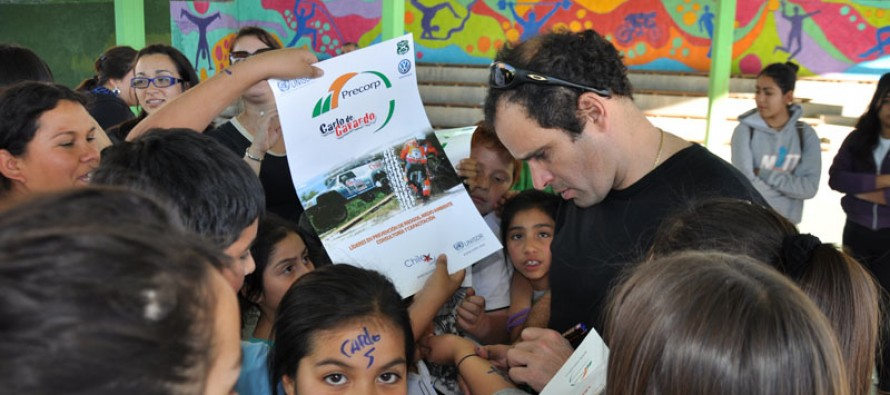 Carlo de Gavardo realiza charla motivacional a los estudiantes de escuela de Peralillo