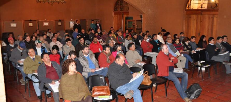Presentan alternativas para exportaciones de frutas en seminario realizado en la CAPEL