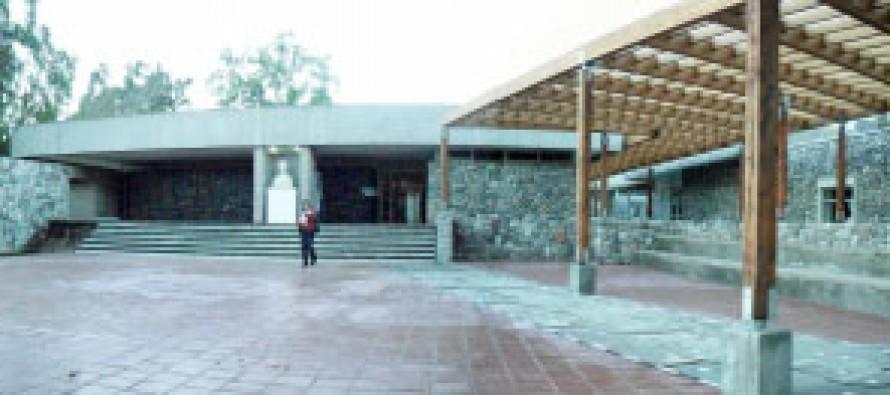 Exposición Studio Harcourt llega al Museo Gabriela Mistral de Vicuña