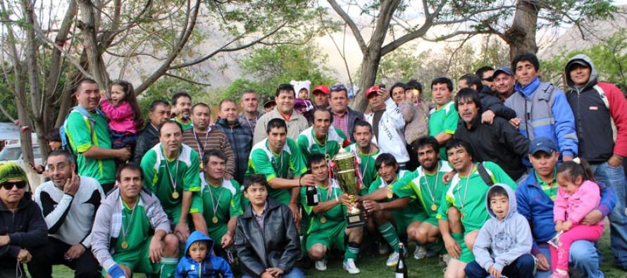 Unión Esperanza de El Tambo es el monarca 2013 del Campeonato ANFUR Senior