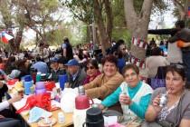 """Comunidad elquina y turistas participaron en la tradicional """"Mateada Mistraliana"""" de El Tambo"""