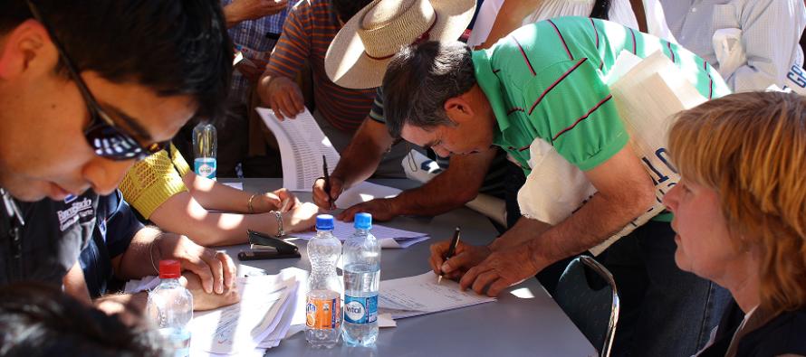 Campesinos y crianceros elquinos afectados por la sequia  reciben apoyo gubernamental