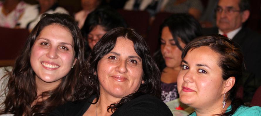 Destacan la labor docente en el sector rural en Día del Profesor en Paihuano