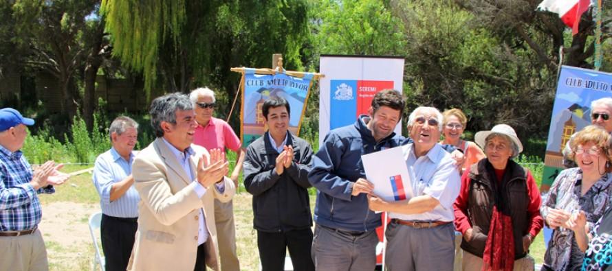 Luego de años de espera adultos mayores de El Molle cuentan con un terreno para sus proyectos