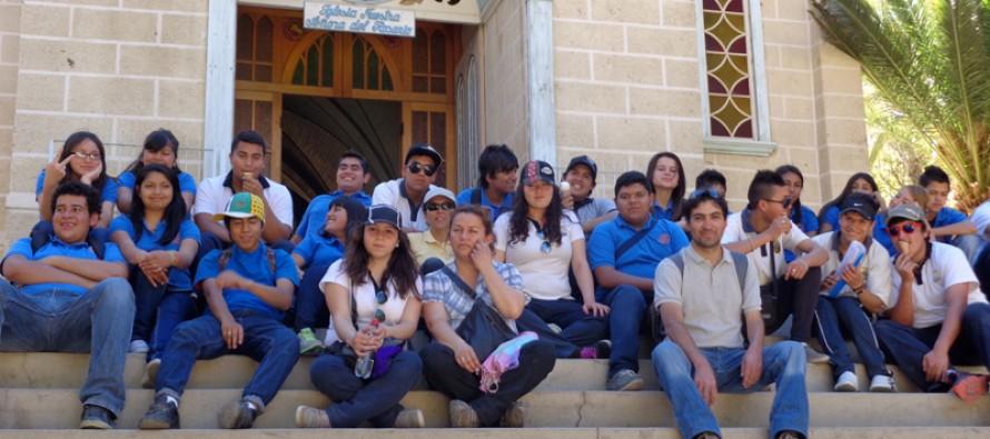 A través de convenio estudiantes de Concón conocieron atractivos turísticos de Paihuano