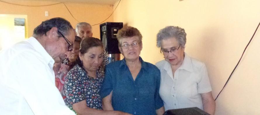 Adultos mayores de Montegrande y Quebrada de Paihuano son favorecidos con proyectos SENAMA