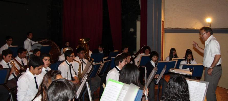 Banda Juvenil Jorge Peña Hen incentiva el gusto de la música clásica a niñas y niños elquinos