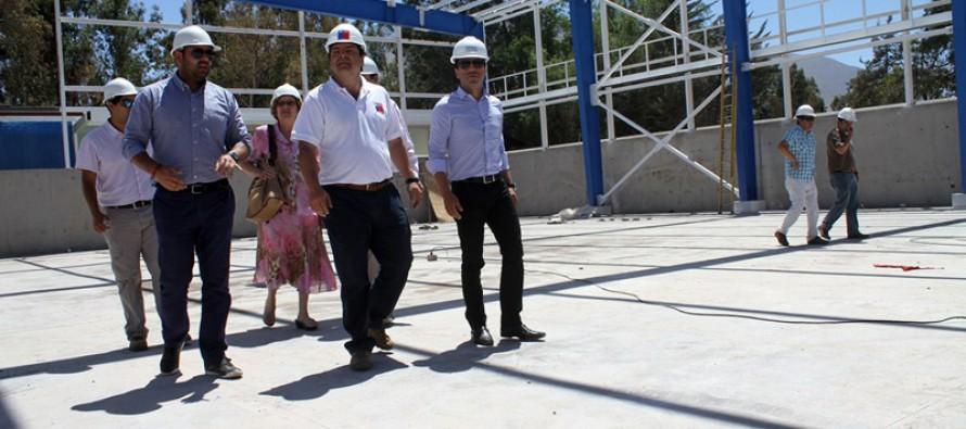 Un 65% de avance presenta la construcción del nuevo polideportivo de Vicuña